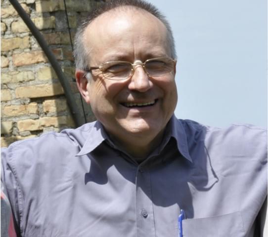 Henrik Urban SJ, gesuita