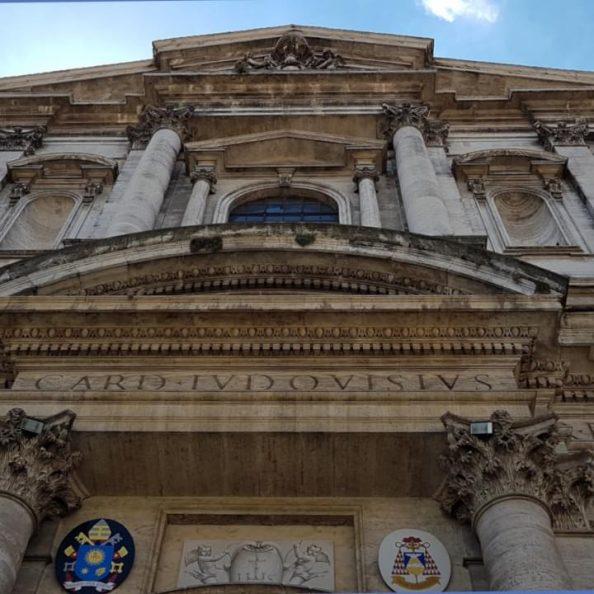Parte della facciata della Chiesa di Sant'Ignazio in Campo Marzio a Roma