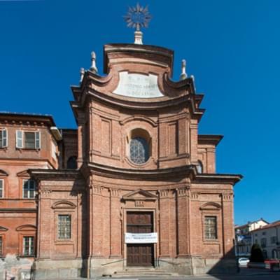 Chiesa di Sant'Antonio Abate dei padri gesuiti a Chieri